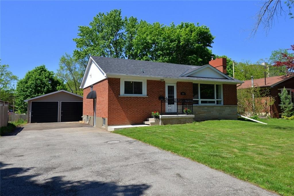 Photo of: MLS# H4079185 880 FRANCIS Road, Burlington |ListingID=30594